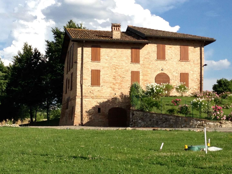 Facciate case rivestite in pietra amazing come la for Case con facciate in pietra